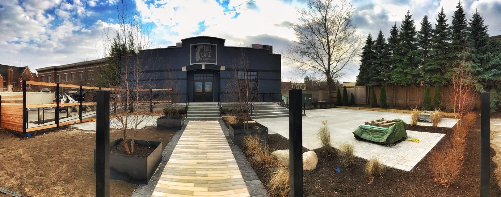 Big Lake Brewing | DIVE IN