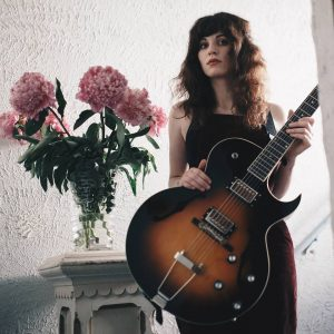 Live Music with Olivia Mainville